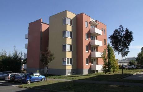 Klatovy Mánesova ulice - 12 bytových jednotek, 2007