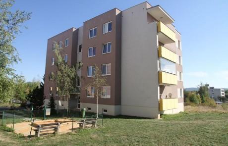 Klatovy Mánesova ulice - 16 bytových jednotek, 2007